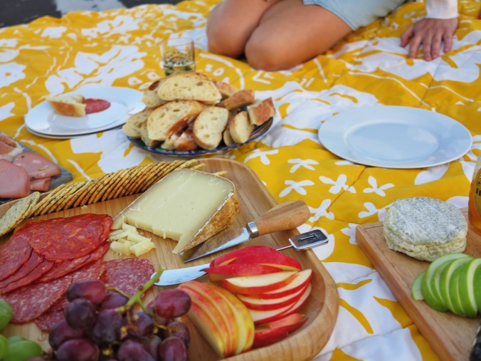 chorizo, salumi, fruits
