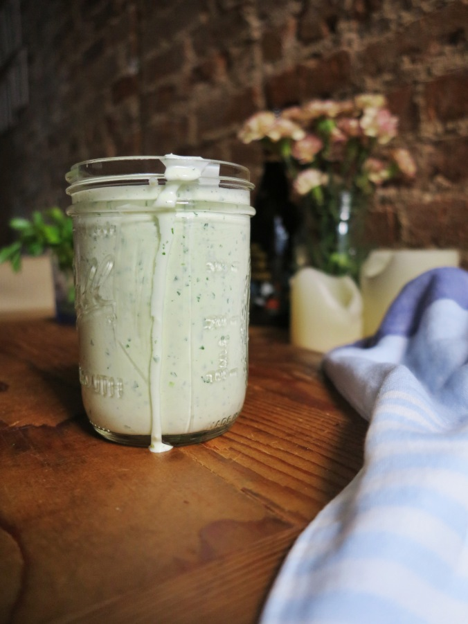 buttermilk ranch dressing | apinchofthis.nyc