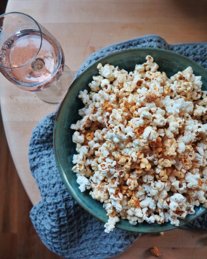 Honey Butter Popcorn | apinchofthis.nyc